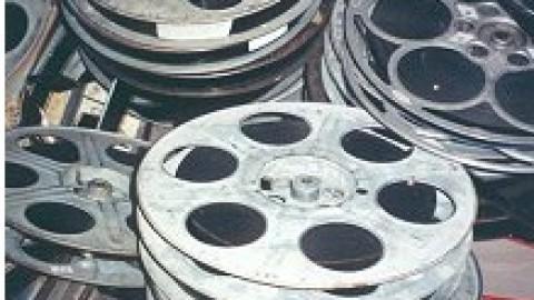 Supply chain of movies: How does it work ?
